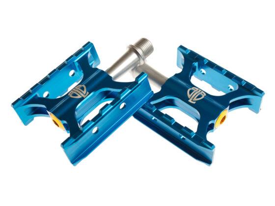 0017242_blb-track-pedals-blue