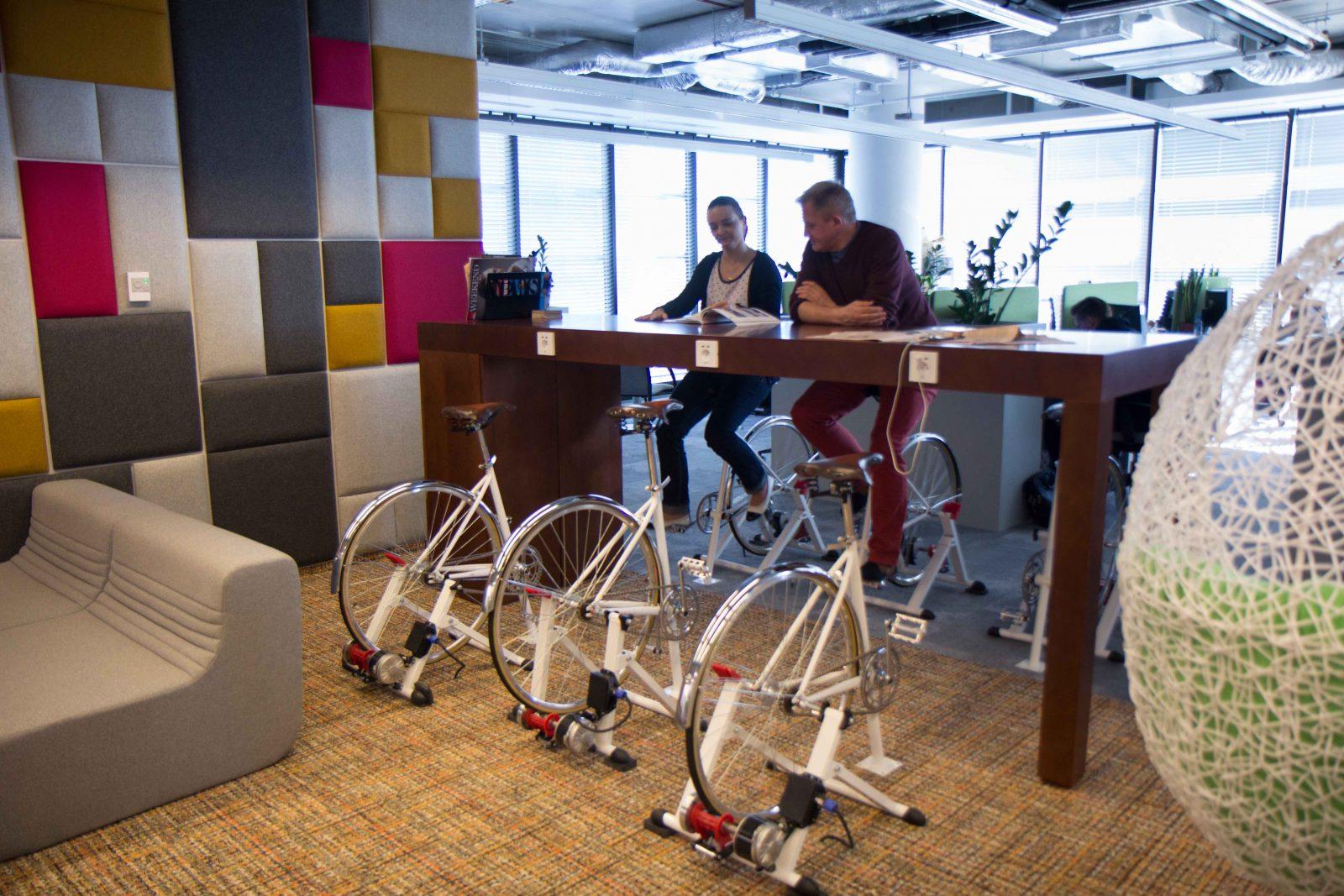 rower w biurze, czyli biurower
