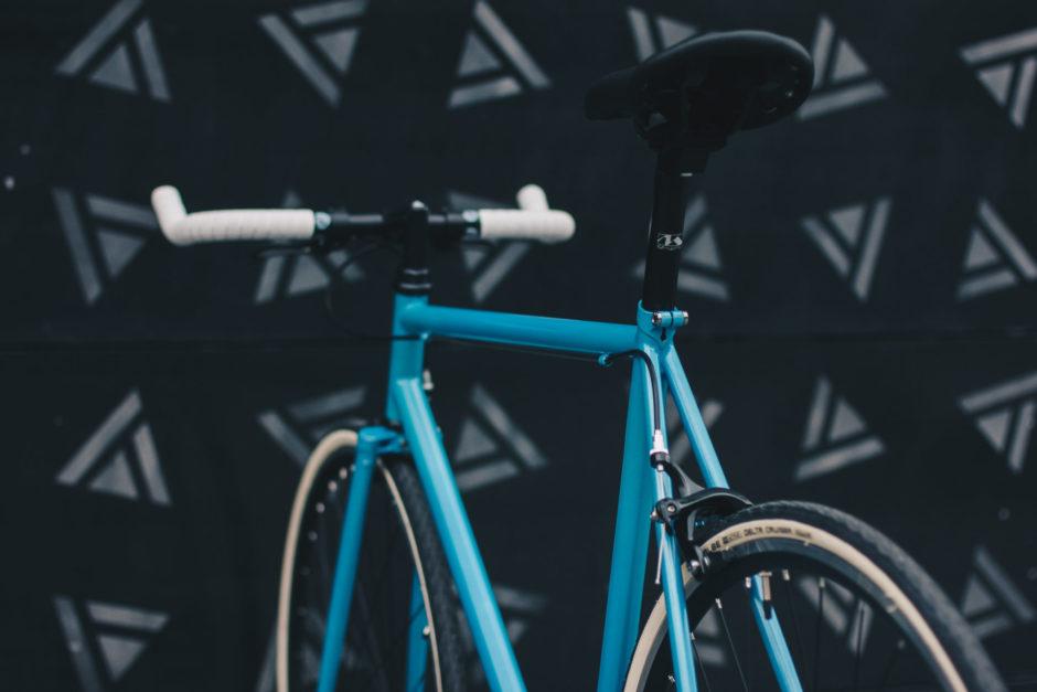 rower niebieski