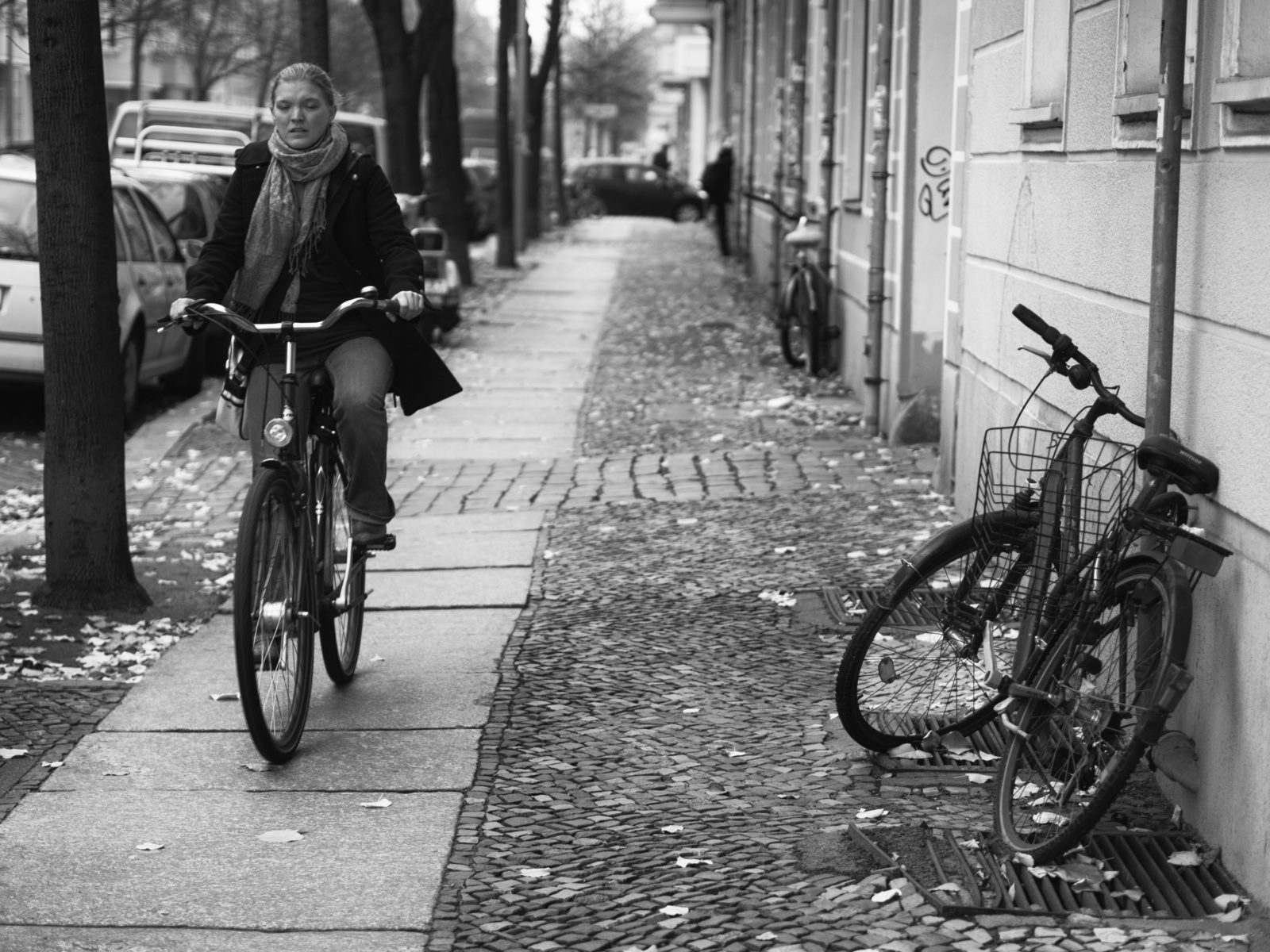 rower na chodniku
