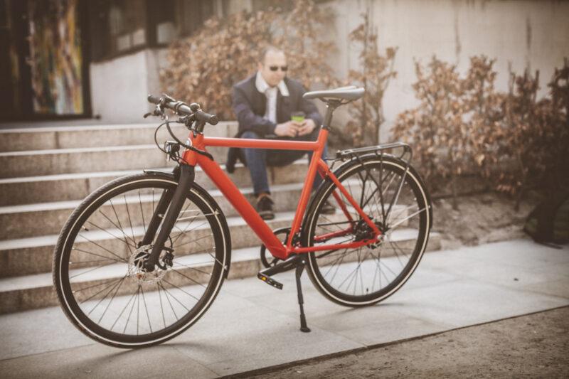 Lekki rower elektryczny