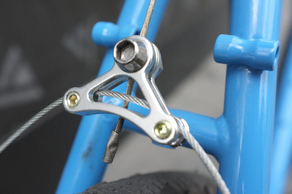 Wieszak canti - technologia rowerowa w prostej postaci
