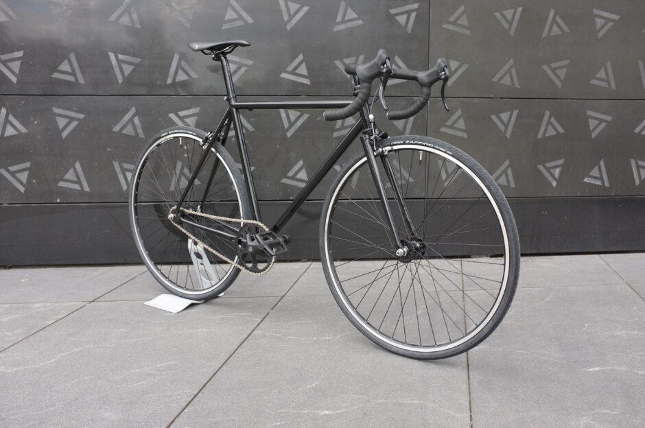 Stalowy rower