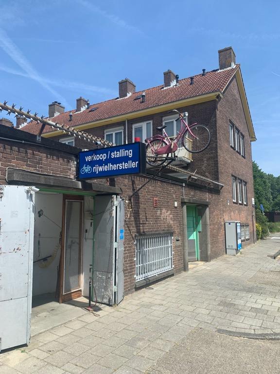 Amsterdam narowerze. Serwis rowerowy